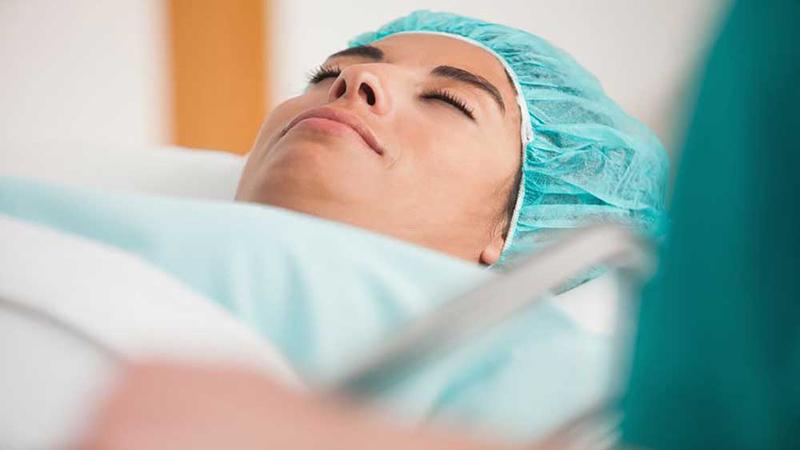 جراح بینی اصفهان | اقدامات لازم قبل از جراحی بینی بیماران قلبی